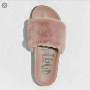 Mad Love Woman Winter Sandals Pink Faux Fur Sz: 9